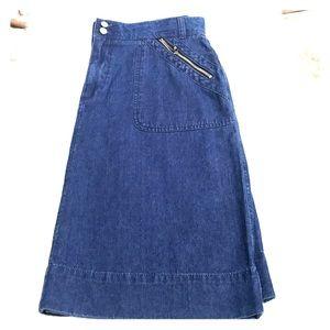St.  John's Bay Denim Skirt In Size 12
